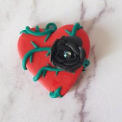 Pendentif Cœur rose noire